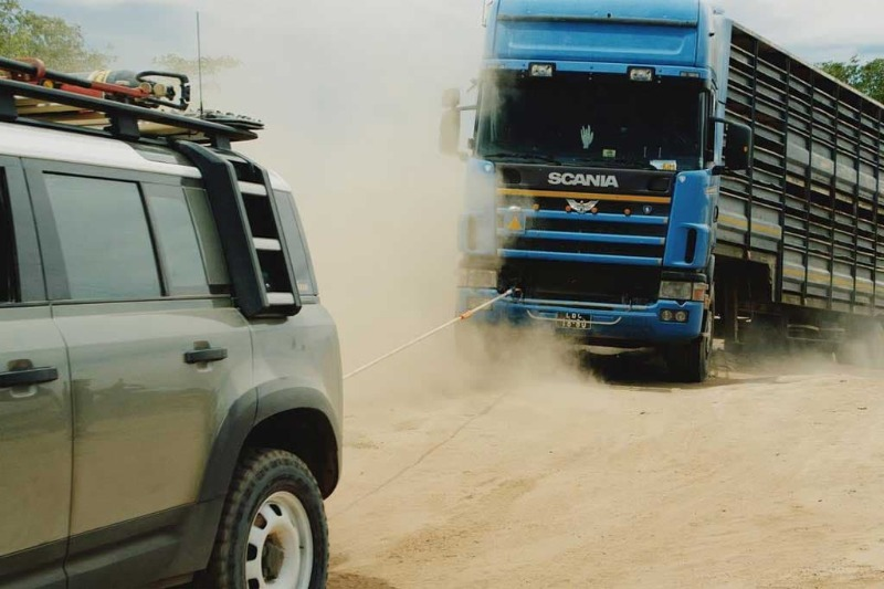 defender-rescues-truck-1.jpg